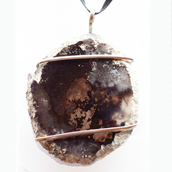 Moss Agate Wire Wrap Cabochon front view