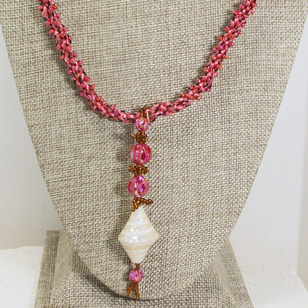 Saffi Beaded Jewelry Pendant Necklace close up view