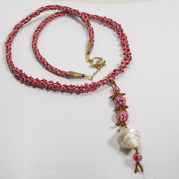 Saffi Beaded Jewelry Pendant Necklace flat view