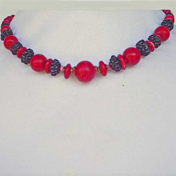 Taima Beaded Necklace front view