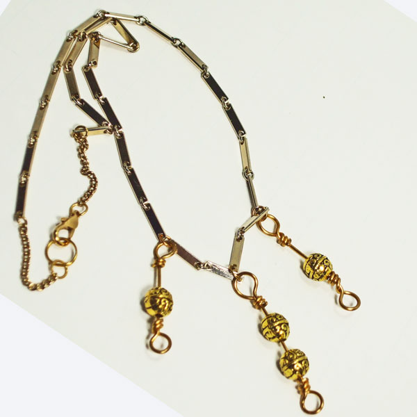 Taesha Wire Design Jewelry Necklace flat view