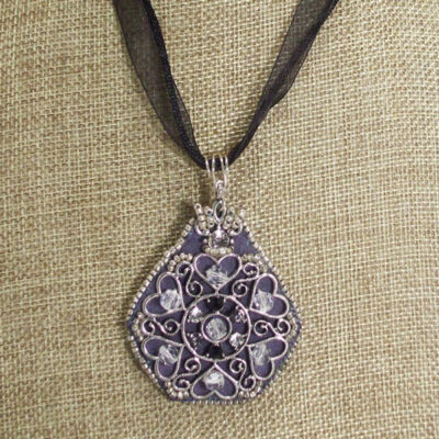 Medieval Hearts Woven Bead Pendant front close up view