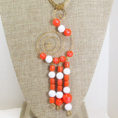 Wava Wire Design Beaded Pendant Necklace close up view