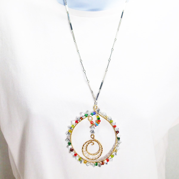 Oihane Wire Design Beaded Jewelry Pendant Necklace relevent front view