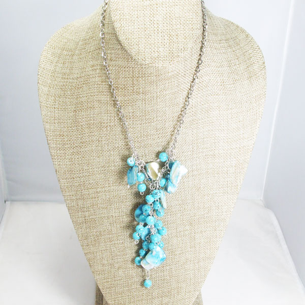 Sacnite Beaded Pendant Dangle Necklace relevant front view