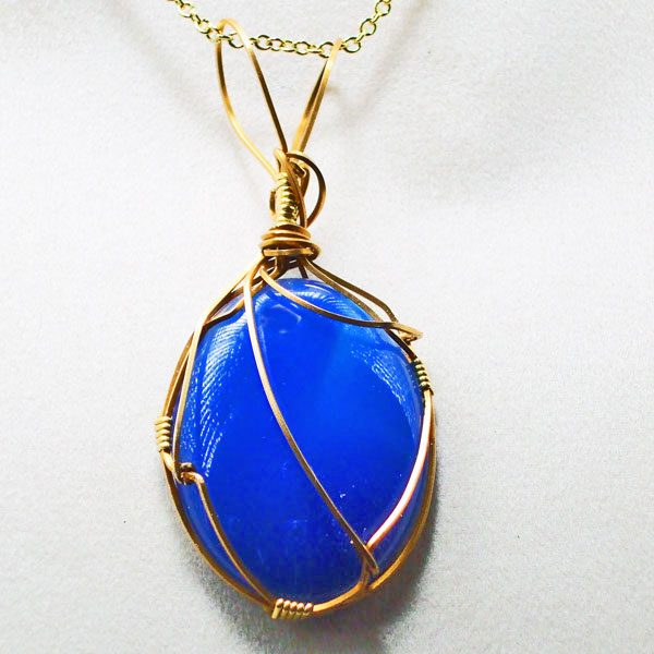 Agate dyed Navy Blue Cabochon Pendant front view