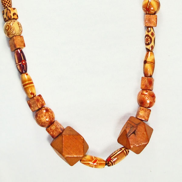 Galilea Teak Wood Costume Jewelry Necklace blow up view