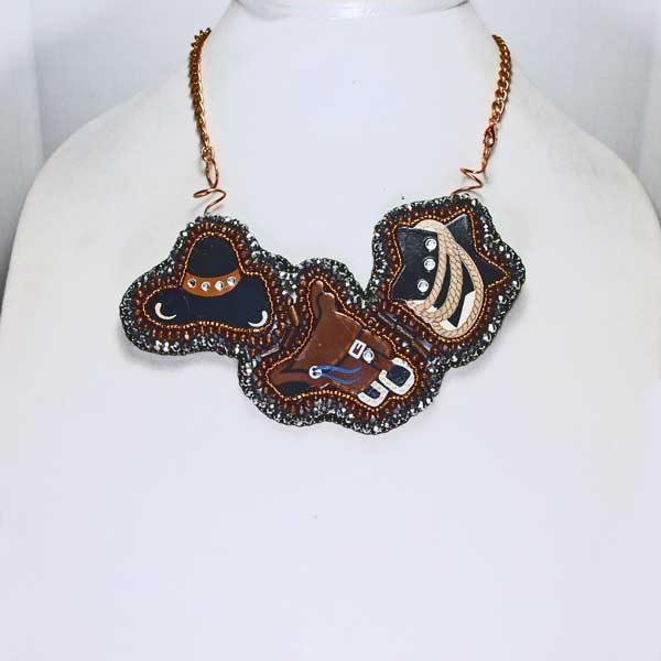 Western triplet Bead Embroidery Pendant Necklace front view