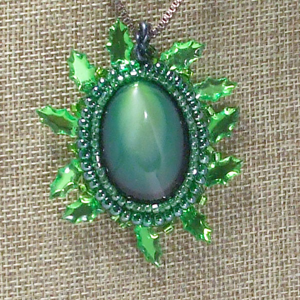 Edelmire Bead Embroidery Jewelry Pendant blow up view