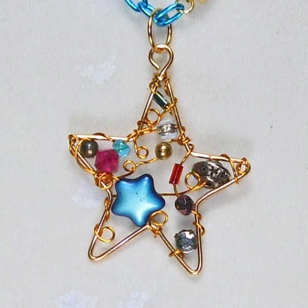 Evening-Star-Necklace close up view