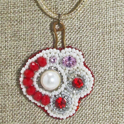 Tahiti Bead Embroidery Pendant Necklace blow up view