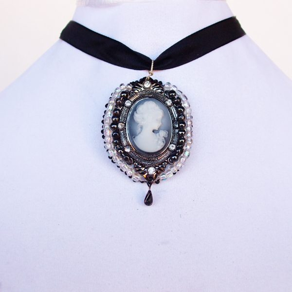 Cameo Lady with Rose Pendant showing size relevance