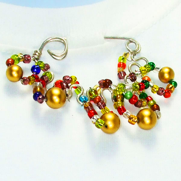Jacqui Wire-Beaded Costume Jewelry Brooch blow up view