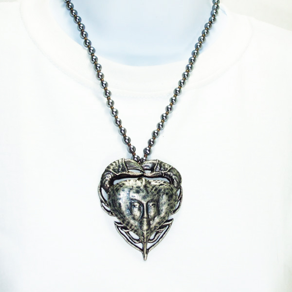 Jacqulyn Costume Jewelry Pendant Necklace Relevant front view